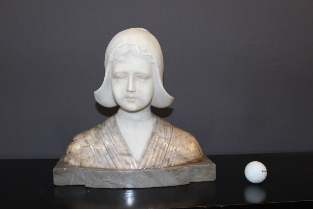 Bust In Alabaster And Marble Figuring A Dutch Woman Around 1900