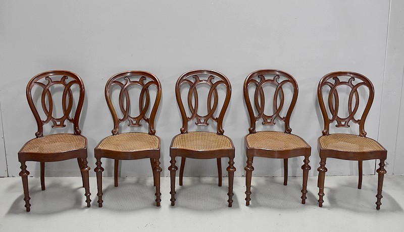 SUITE OF FIVE FRENCH CHAIRS