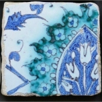 Iznik Original XVI Eme Siecle very Rare Ottoman Faience Tile, Bouquet Of Tulips or Mandorles, Turkey syria